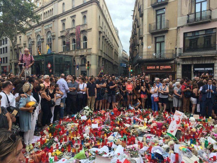 Record a les víctimes de l'atemptat a les Rambles