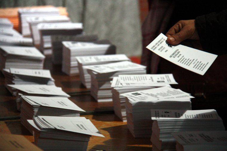 Paperetes de vot durant les darreres eleccions catalanes
