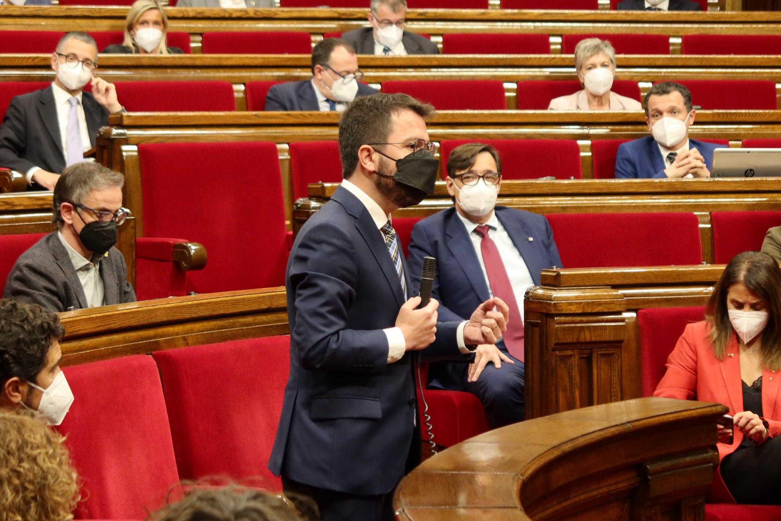 Pere Aragonès en un moment d'una intervenció avui al Parlament/Parlament