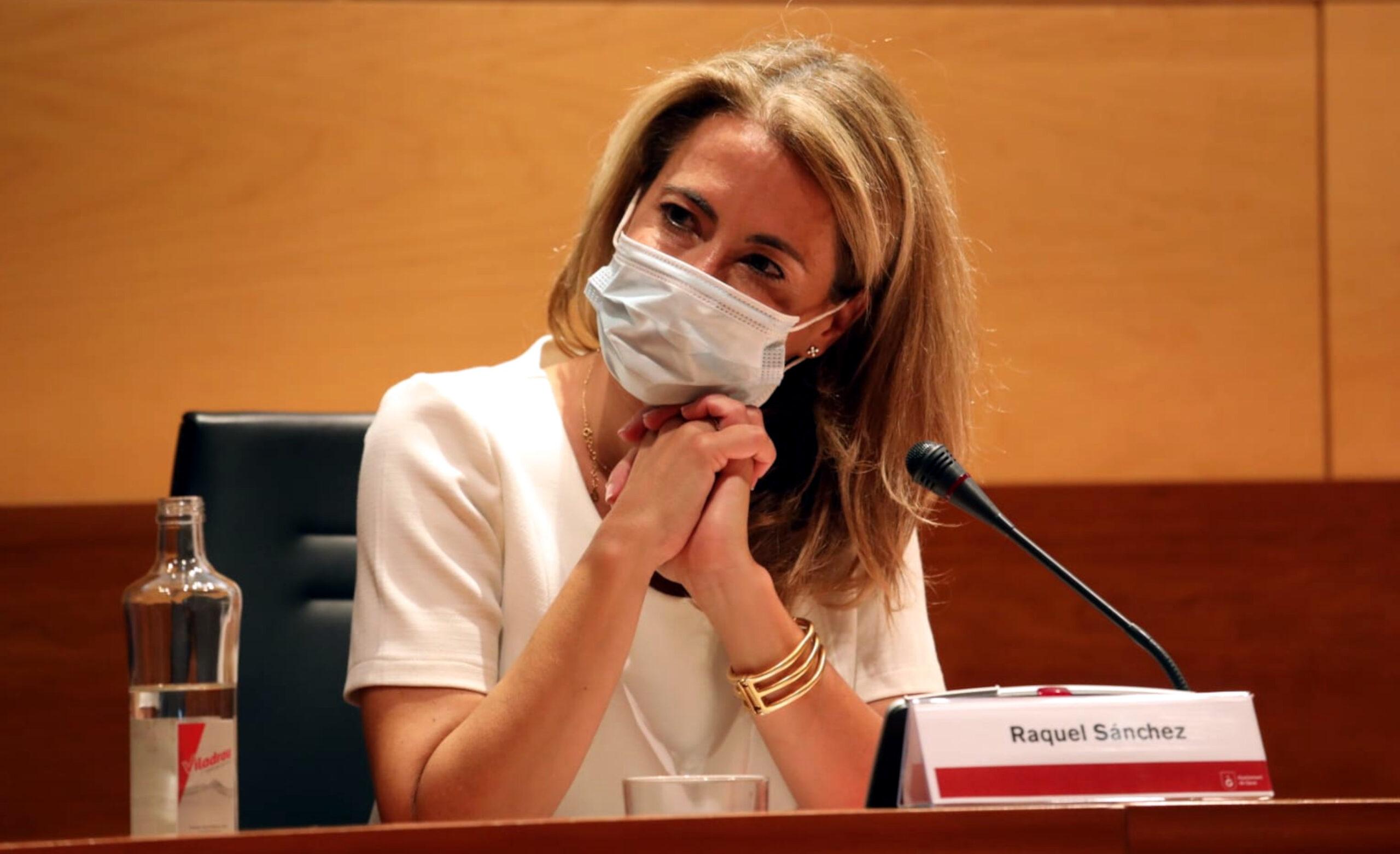 La ja exalcaldessa de Gavà i futura ministra de Transports, Raquel Sánchez, durant el ple municipal extraordinari de comiat, l'11-7-21 (Horitzontal).
