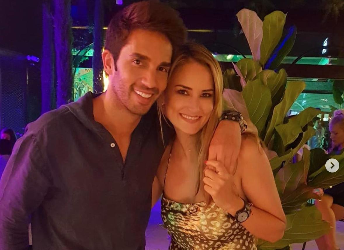 Santi Burgoa i Alba Carrillo   Instagram Alba Carrillo