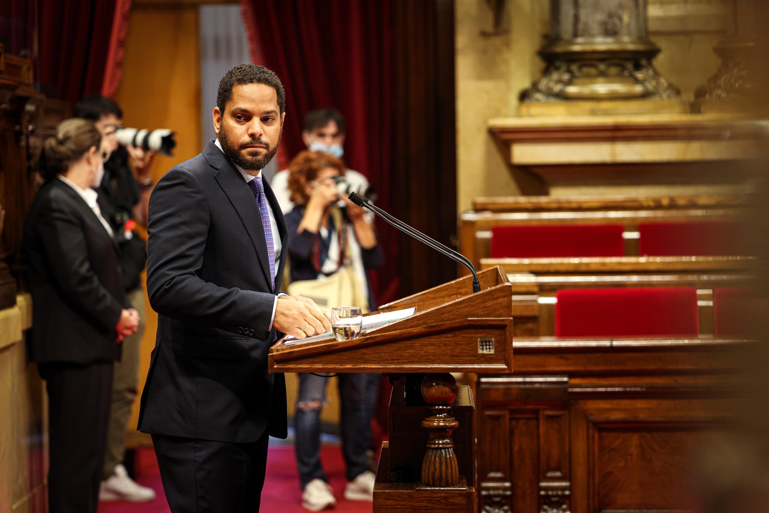 El líder del partit d'ultradreta Vox, Ignacio Garriga, durant el debat de política general / Jordi Borràs