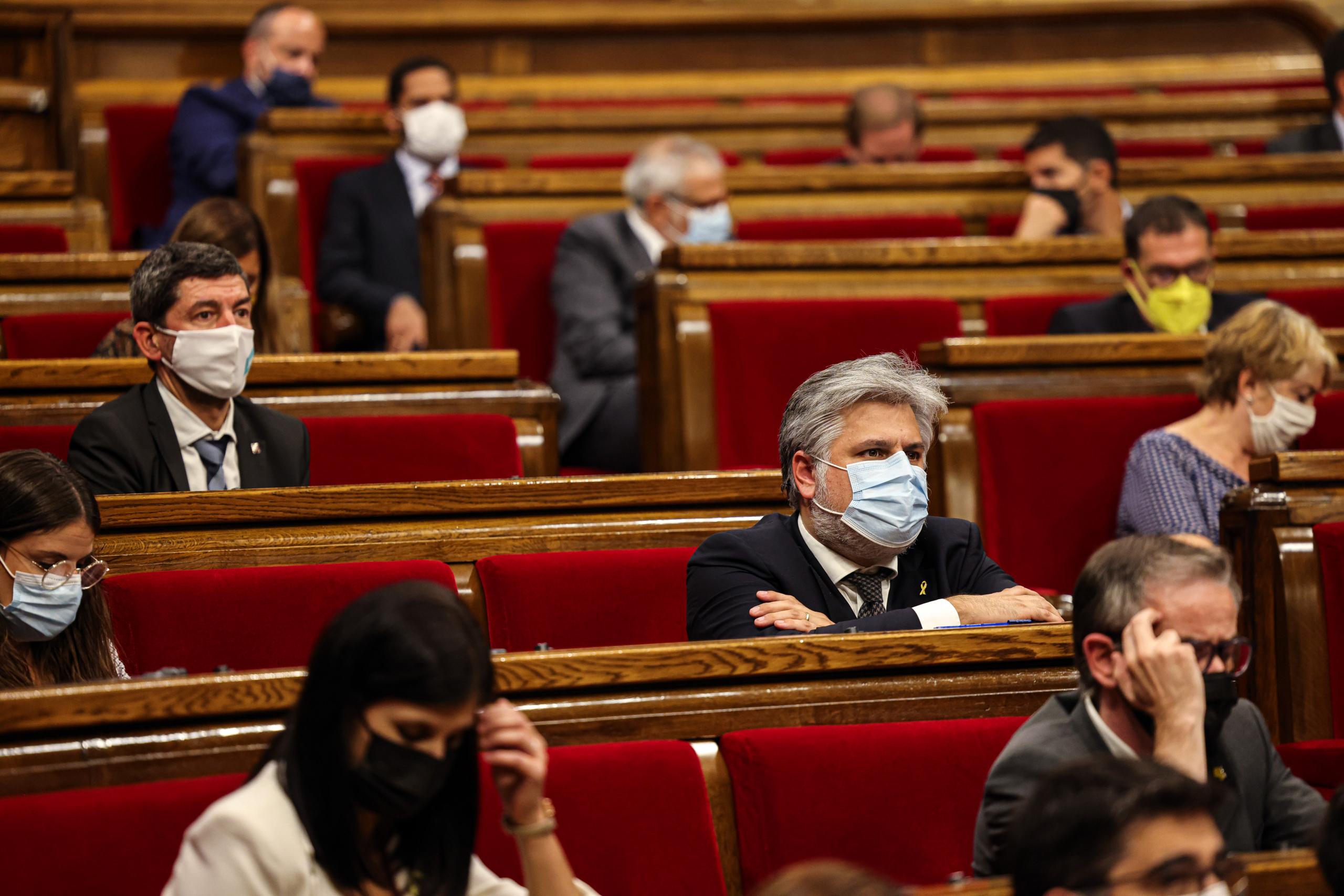 El portaveu de Junts, Albert Batet, durant el ple de debat de política general / Jordi Borràs