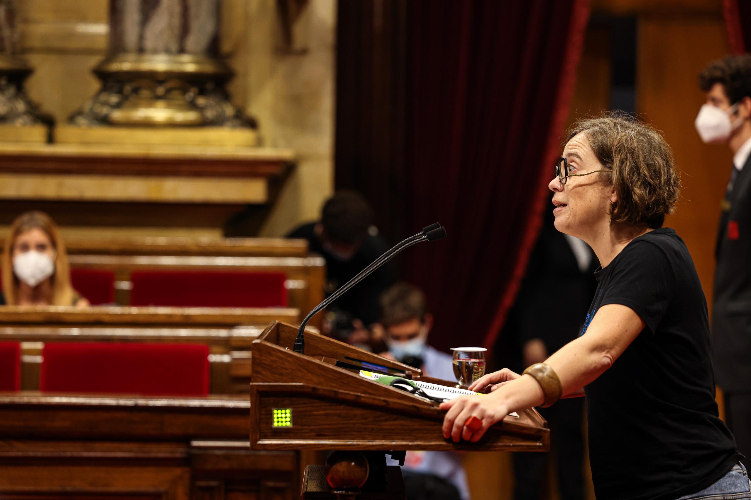 Eulàlia Reguant (CUP) durant el ple de política general / Jordi Borràs